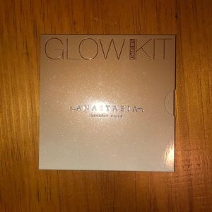 (Authentic!!) ABH Glow Kit in Sundipped